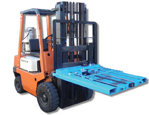 Example of Power Pallet Mounted on a Forklift Image